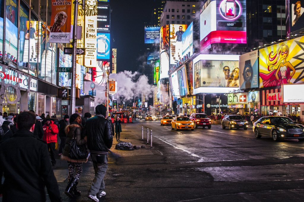 Bright and Intelligent Cities with Smart Street Lighting