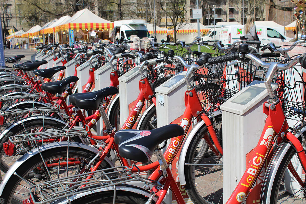 How AI Is Being Used To Increase Bike-Sharing System In Smart Cities?