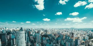 On What Parameters Smart Cities In Brazil Are Selected?